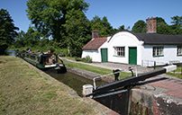 Barrel Roofed Lock Cottage - Stratford Canal